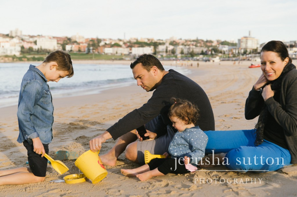 Bondi Beach family photographs www.jerusha.com.au